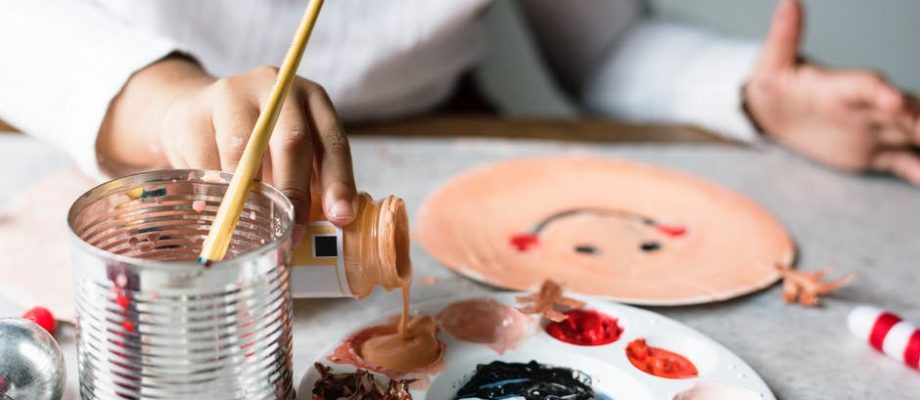 Four Benefits of Arts and Crafts for Children