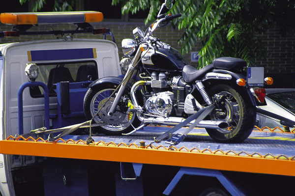 Stranded on the Sidelines: 4 Steps to Take When Your Motorcycle Breaks Down
