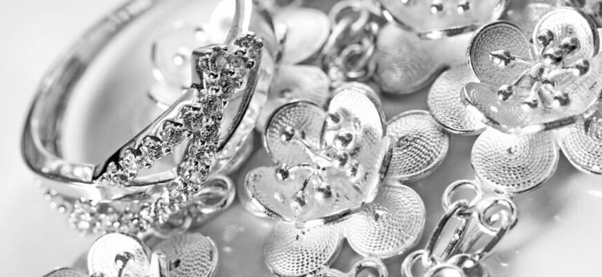How to Shop for Real Sterling Silver Jewelry: Tips From the Pros